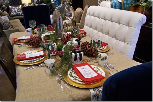 tradional holiday table