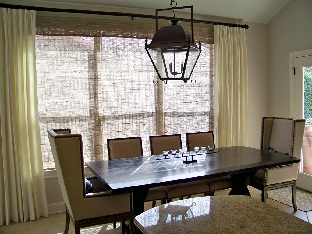 Dining table size light fixture dining table for Dining room table lighting fixtures